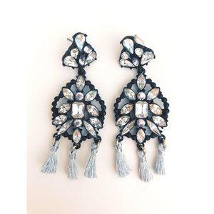 Jewelry - Amazing rhinestone and silver tassel earrings